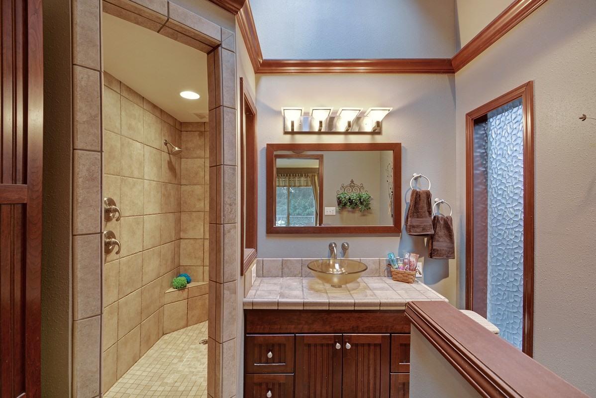 finished-basement-bath