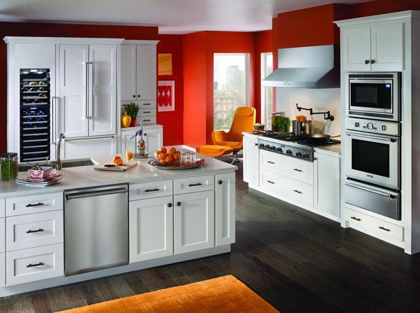 modern-kitchen-with-wooden-floors