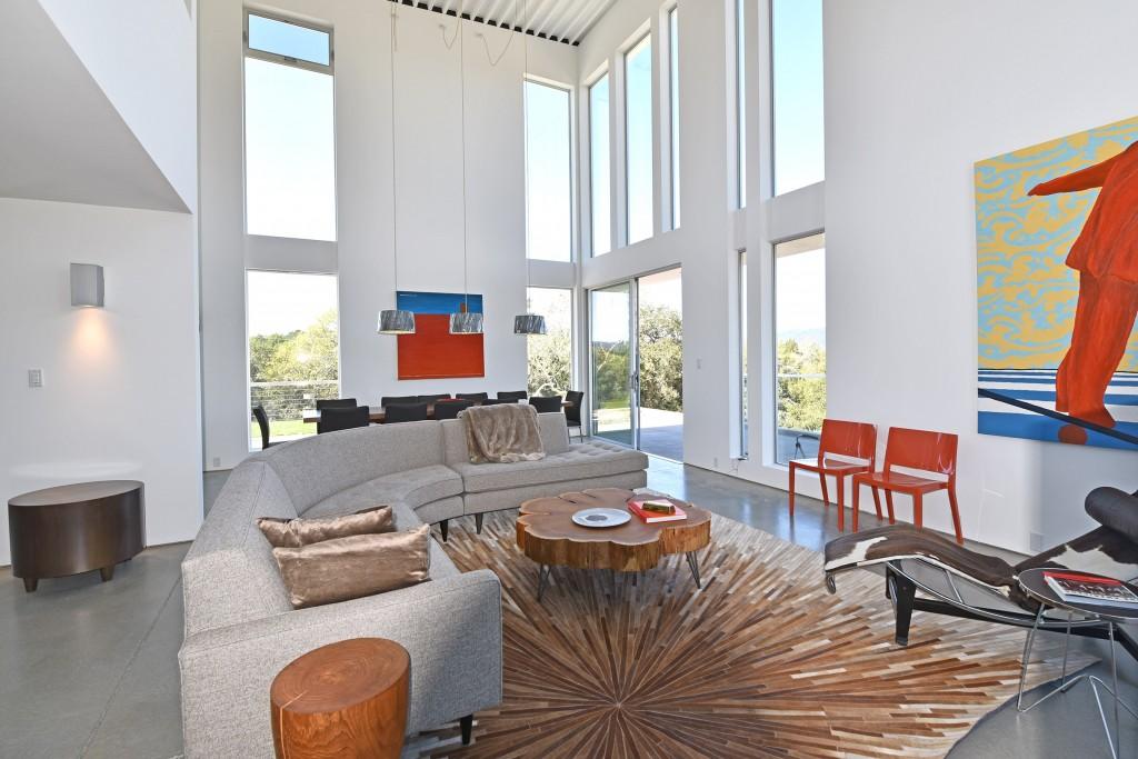 modern-interior-art-as-an-element-of-design